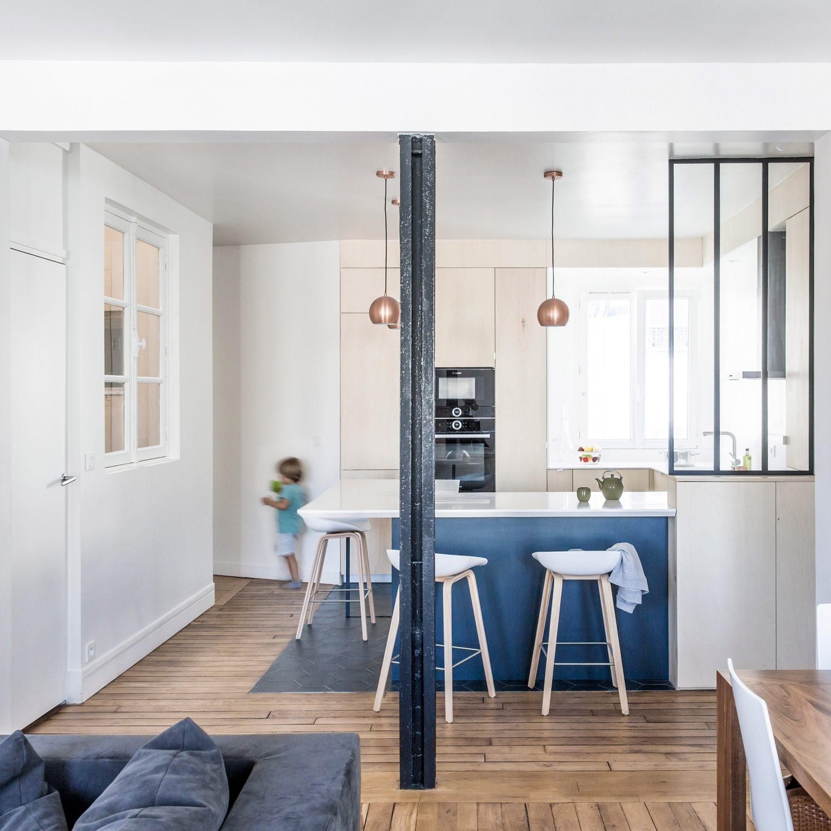 (4)apartment-g-anne-laure-dubois-interior-design-paris_dezeen_2364_sq-1704x1704